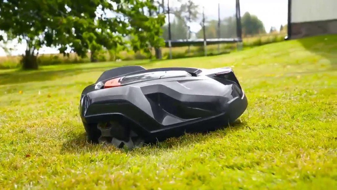 Husqvarna 967622505 Automower 430X Robotic Lawn Mower Video Review von Husqvarna Automower 430X Test Bild