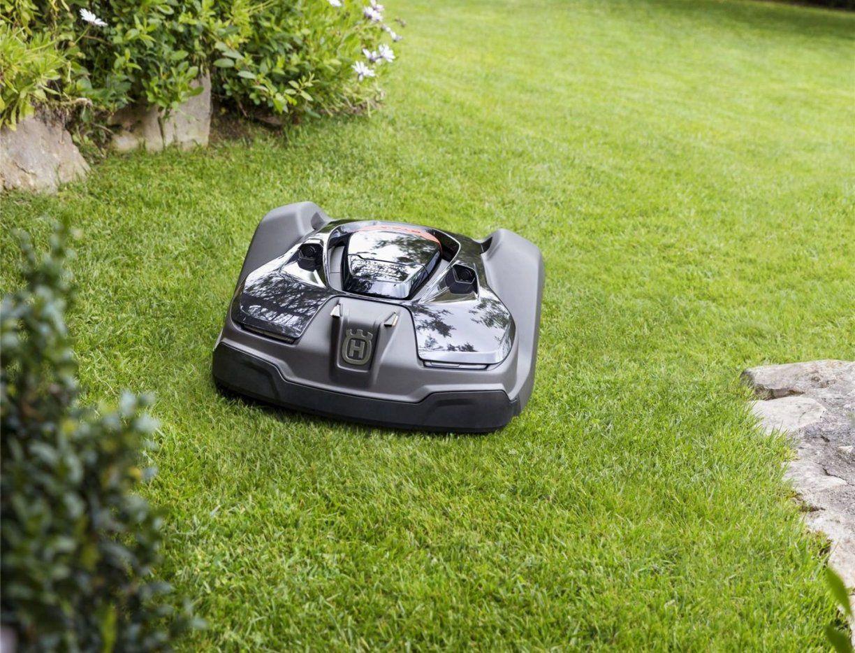 Husqvarna Automower 450X Robotic Lawn Mower  Home Robot Reviews von Husqvarna Automower 430X Test Photo