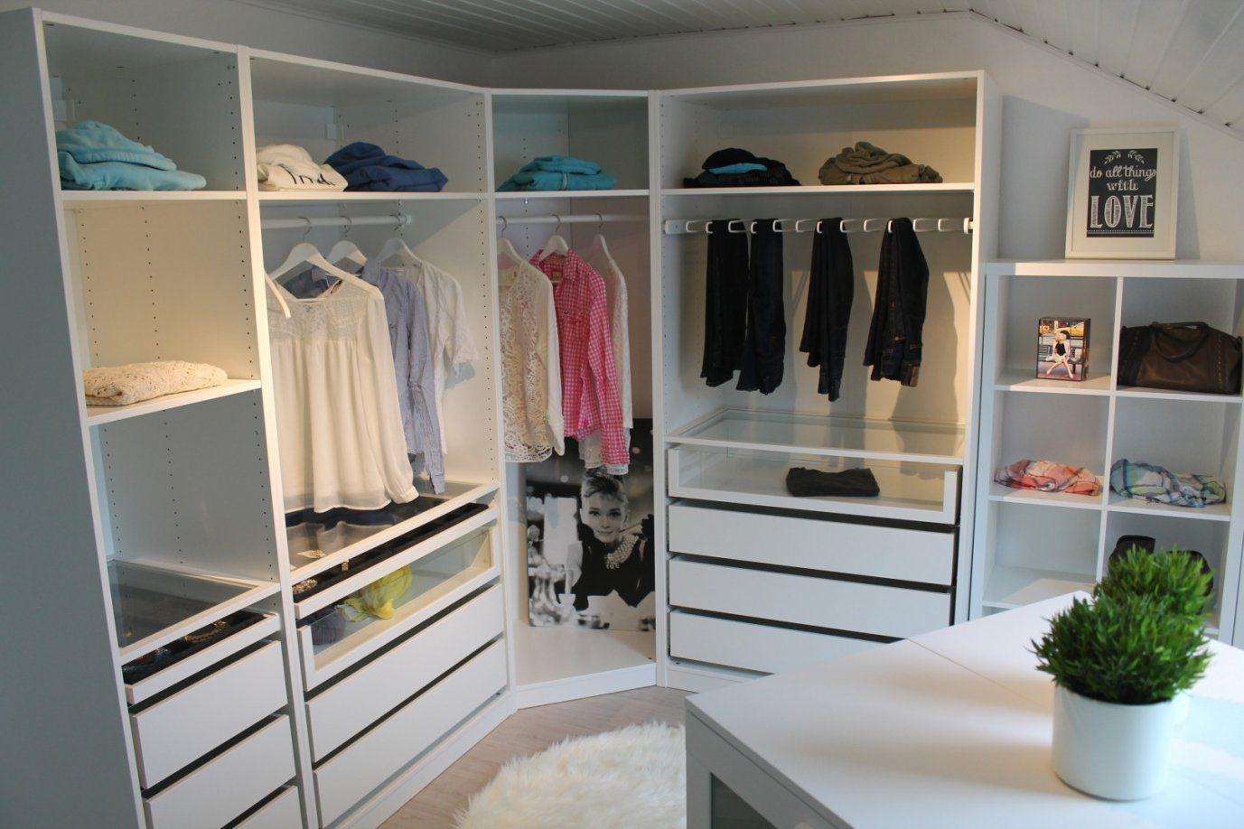 ikea pax schrank raumteiler und tolle begehbarer kleiderschrank f r von begehbarer. Black Bedroom Furniture Sets. Home Design Ideas