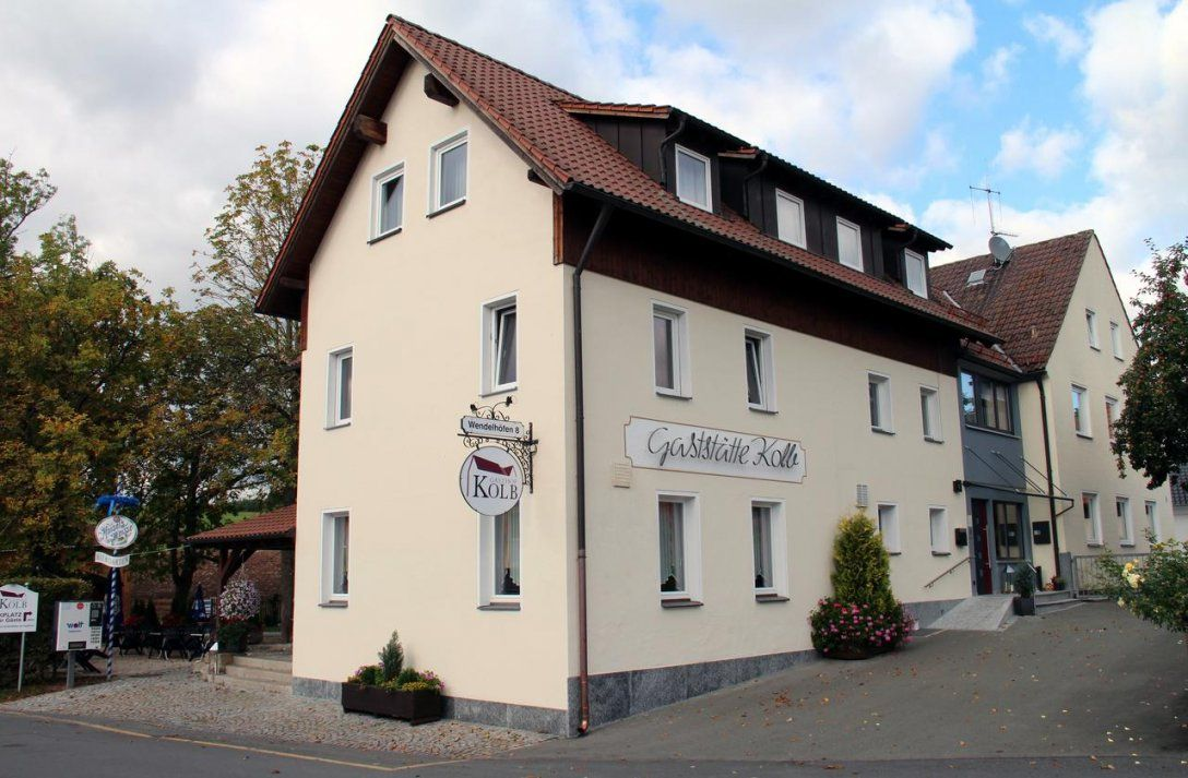 Inn Gasthof Kolb Bayreuth Germany  Booking von Gasthof Goldener Löwe Bayreuth Photo