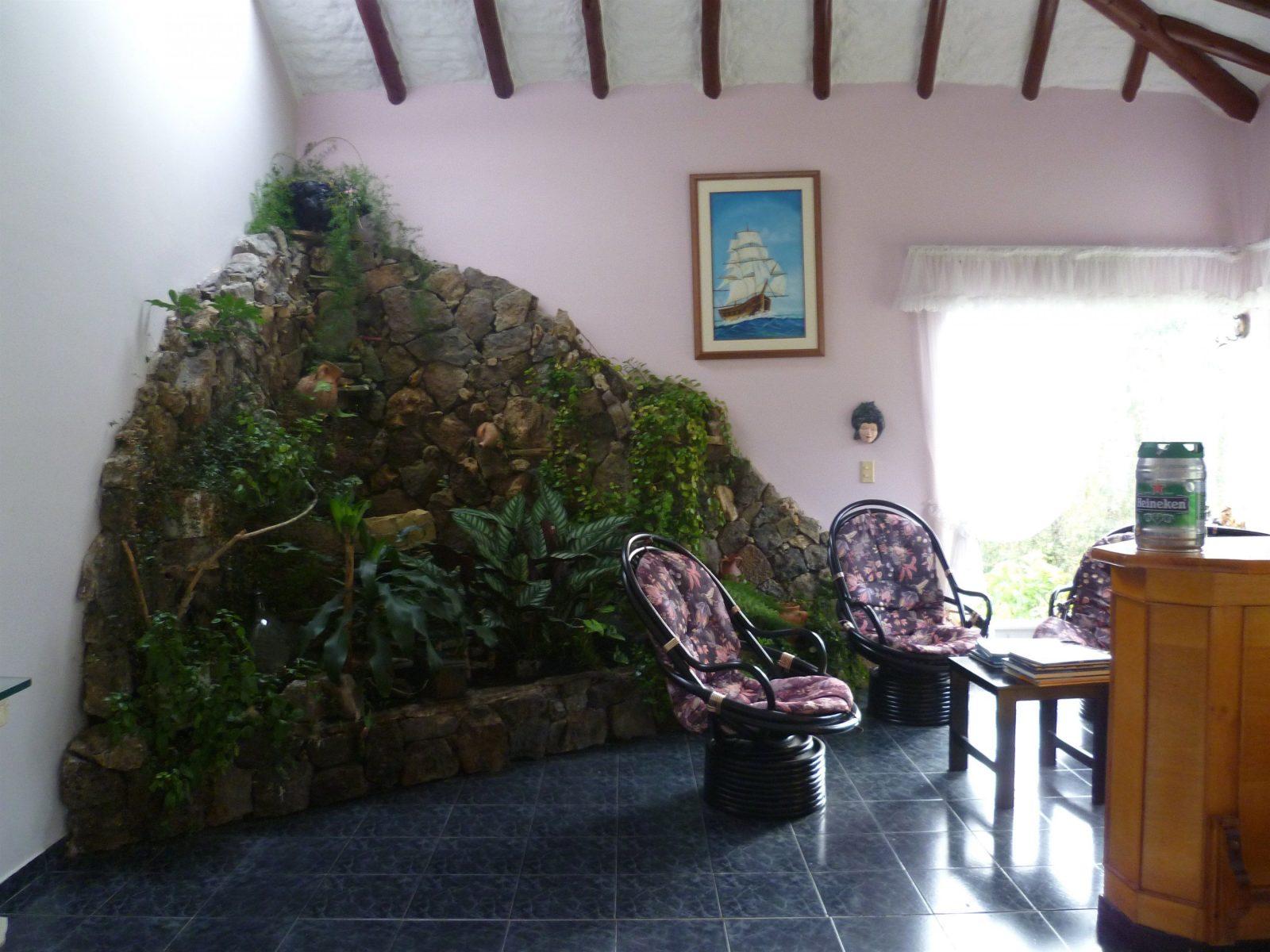 Innenarchitektur Kühles Wasserfall Aus Natursteinen Bauen von Zimmerbrunnen Wasserfall Selber Bauen Photo