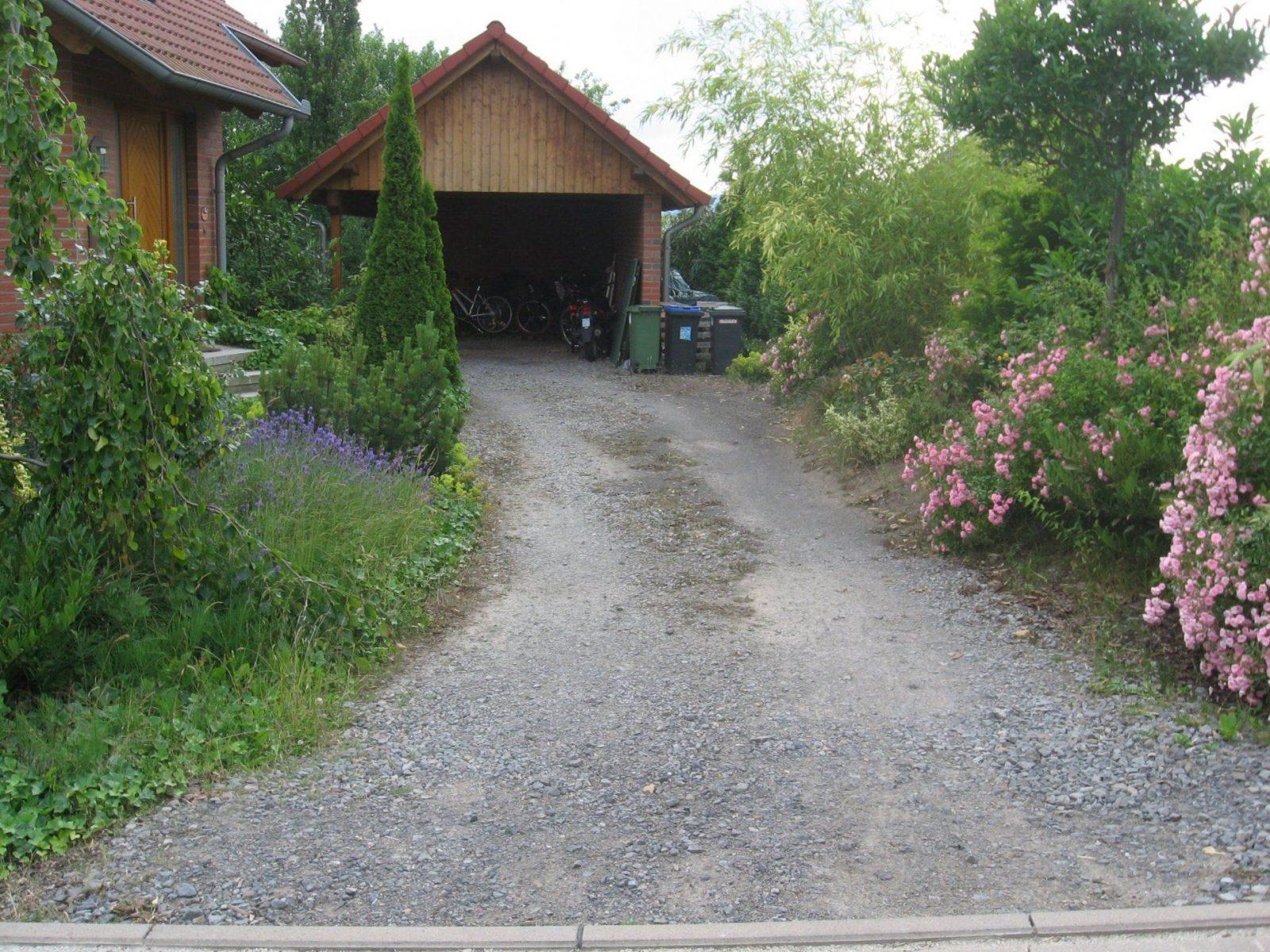 Inspirierend Vorgarten Gestalten Mit Kies Ideen von Garagenzufahrt Gestalten Mit Kies Oder Schotter Bild
