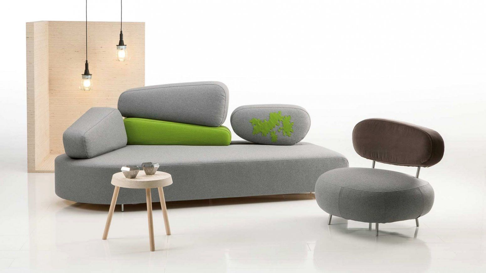 ecksofas f r kleine r ume haus design ideen. Black Bedroom Furniture Sets. Home Design Ideas