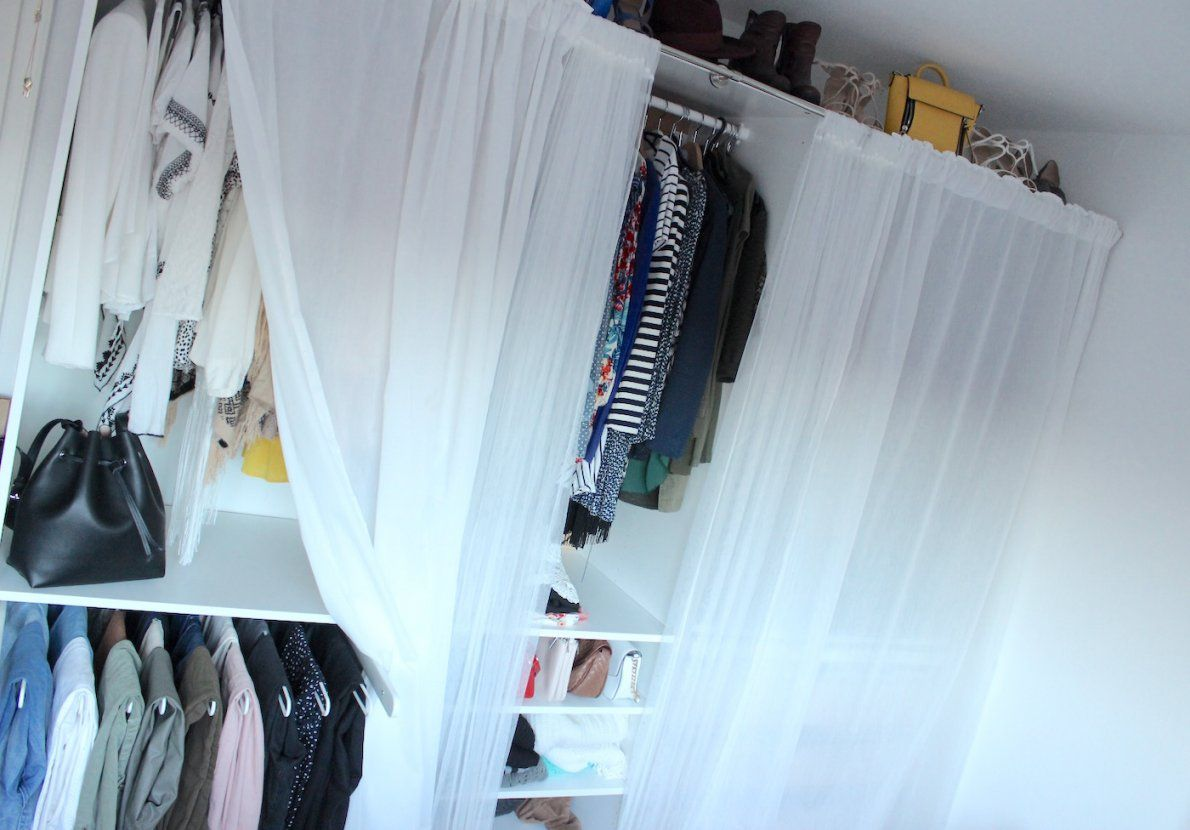 Interior] 6 Organizing Hacks Of My Wardrobe  The Blonde Lion von Pax Kleiderschrank Mit Vorhang Bild