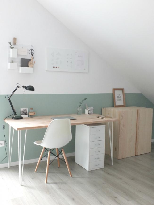 Interiør  Dachschräge Farbgestaltung Und Schreibtische von Farbgestaltung Kinderzimmer Mit Dachschräge Bild