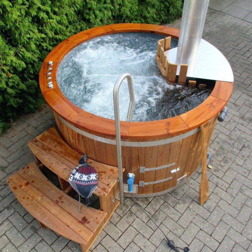 Jacuzzi Selber Bauen Garten Whirlpool Aussen Hot Tub Mit Sprudel von Whirlpool Selber Bauen Holz Photo