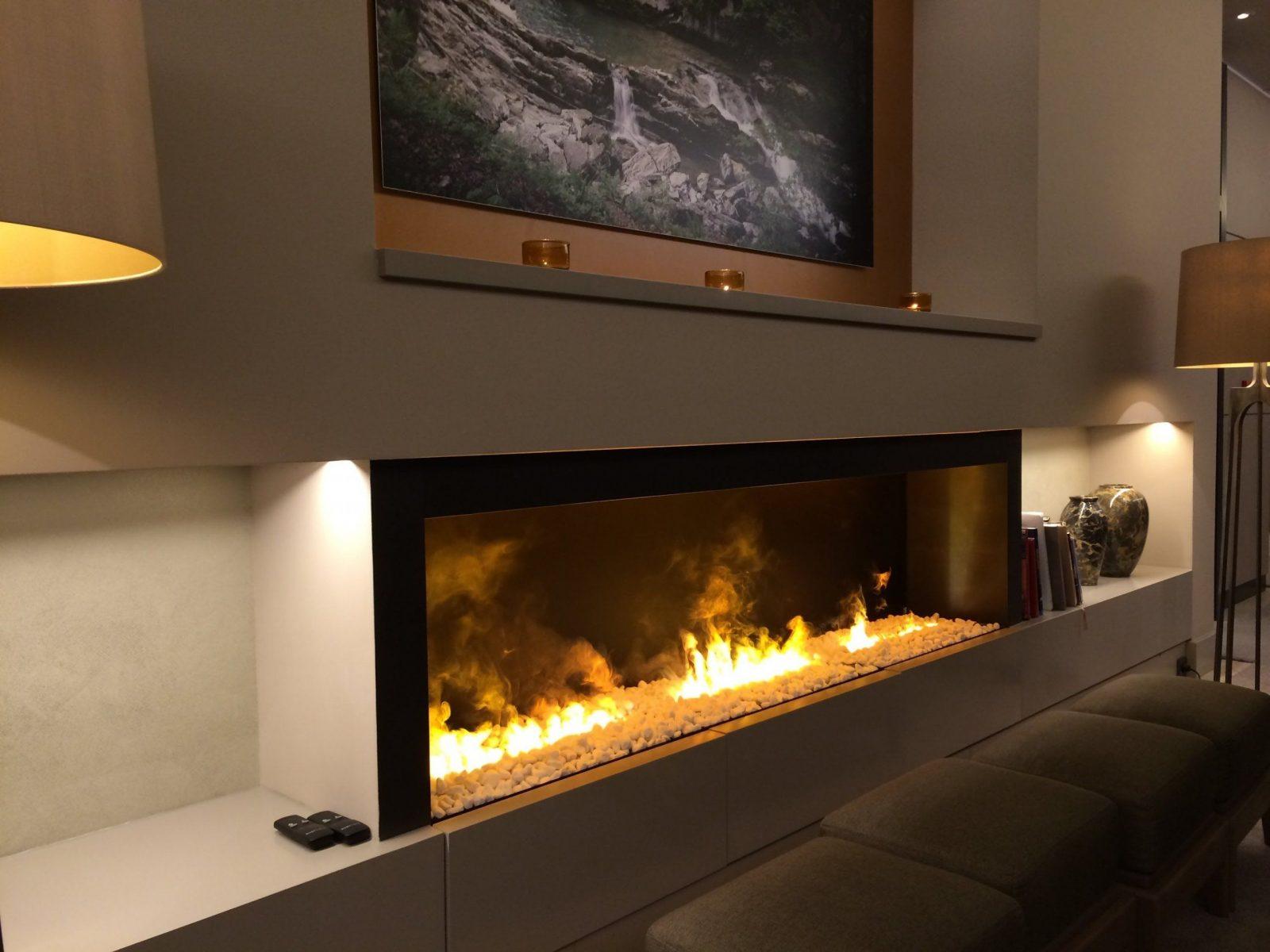 Kaminofen Schweiz Gunstig Speckstein Vorteil Elektrokamine Ofen von Elektrokamine Mit Wasserdampf Feuer Photo