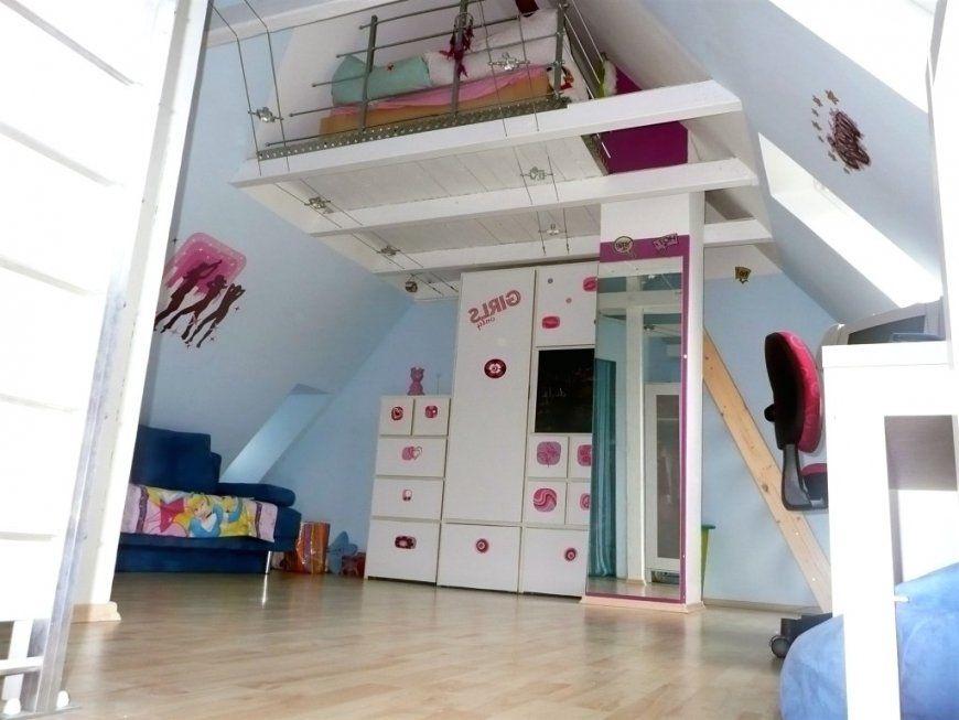 Entzuckend Kinderzimmer Dachgeschoss Großartig Auf Dekoideen Fur Ihr Zuhause On Von  Jugendzimmer Einrichten Mit Dachschräge Bild