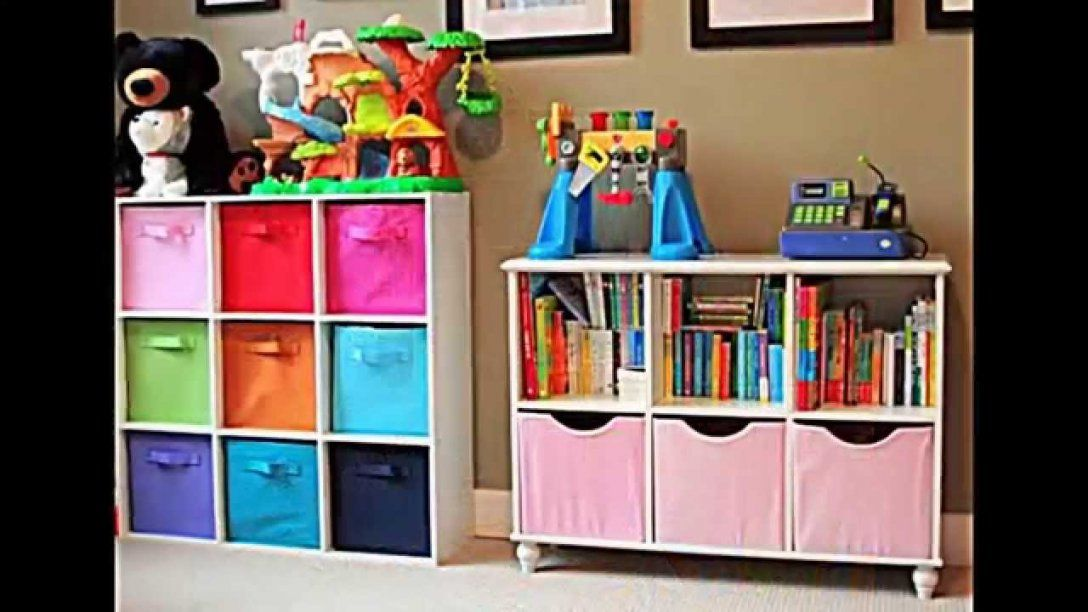 Kinderzimmer Gestalten  Raumsparend Praktisch Und Übersichtlich von Kinderzimmer Regal Mit Kisten Bild