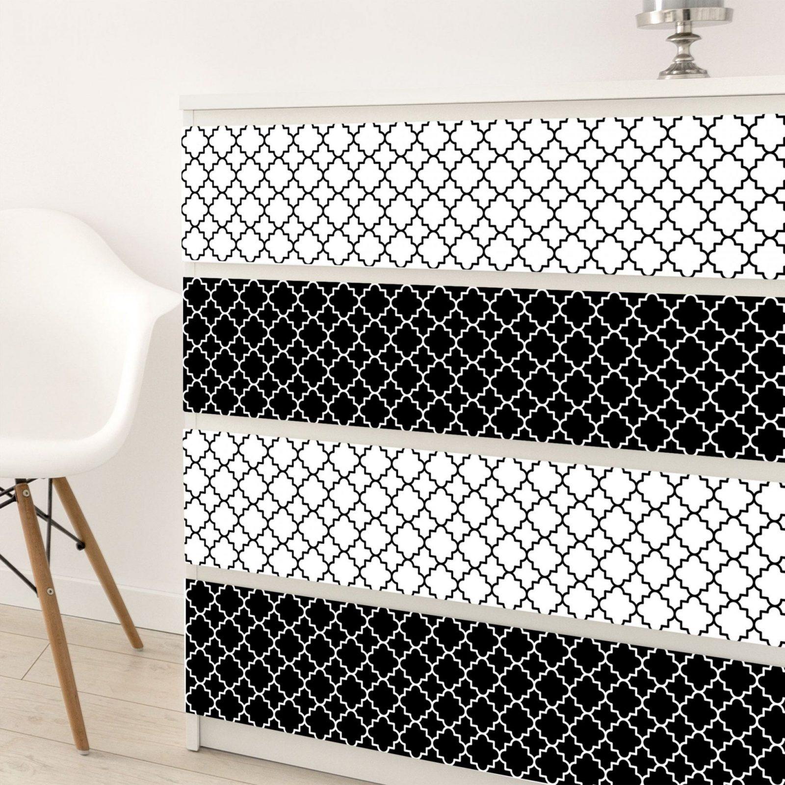 Klebefolie Schwarz Weiß  Marokkanisches Fliesen Vierpassmuster Set von Fliesen Schwarz Weiß Muster Photo