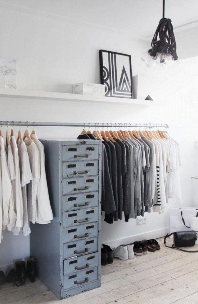 Kleiderstange Statt Kleiderschrank  Ideen Für Modeliebhaber von Kleiderstange Von Der Decke Photo