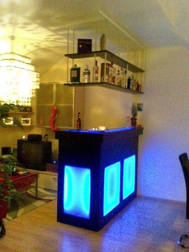 Kleine Bar Fürs Wohnzimmer von Kleine Bar Fürs Wohnzimmer Bild