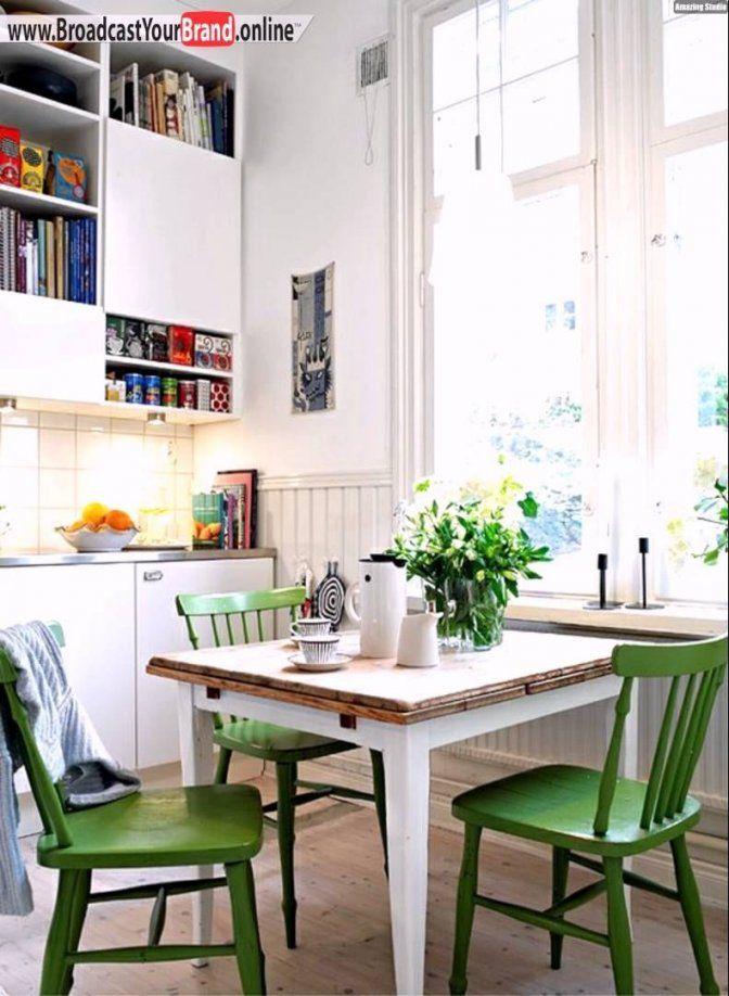 Kleine Küche Mit Essplatz Einrichten  Googlesuche  Ferienwohnung von Kleine Küche Mit Essplatz Bild