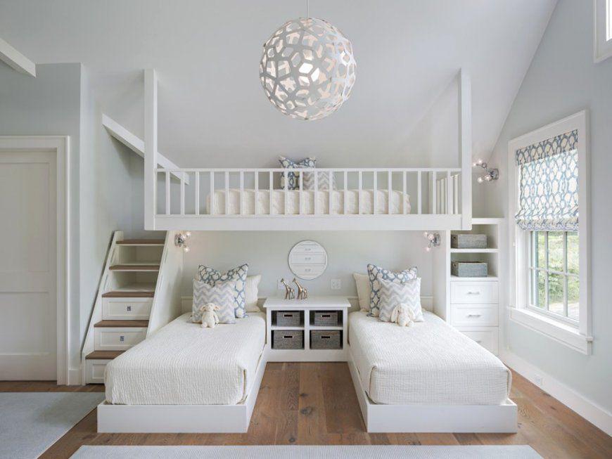 Kleine Wohnung Einrichten Mit Hochbett Kinderzimmer Für Drei Avec von Jugendzimmer Mit Dachschräge Einrichten Photo
