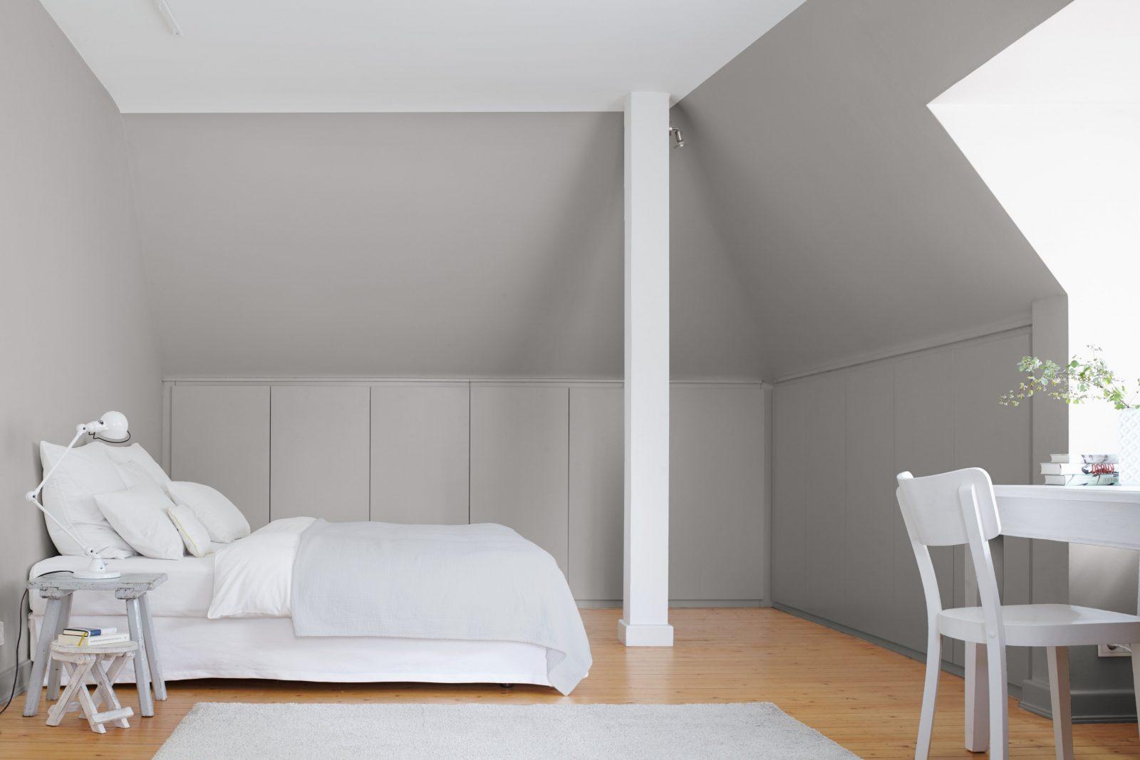 Kleine Zimmer Dachschrägen Optisch Vergrößern Alpina Farbe U0026 Wirkung Von Wandfarben  Schlafzimmer Mit Dachschräge Photo