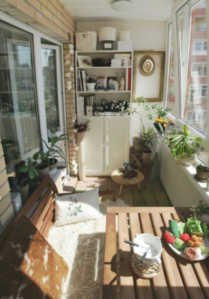 kleinen balkon gem tlich gestalten haus design ideen. Black Bedroom Furniture Sets. Home Design Ideas