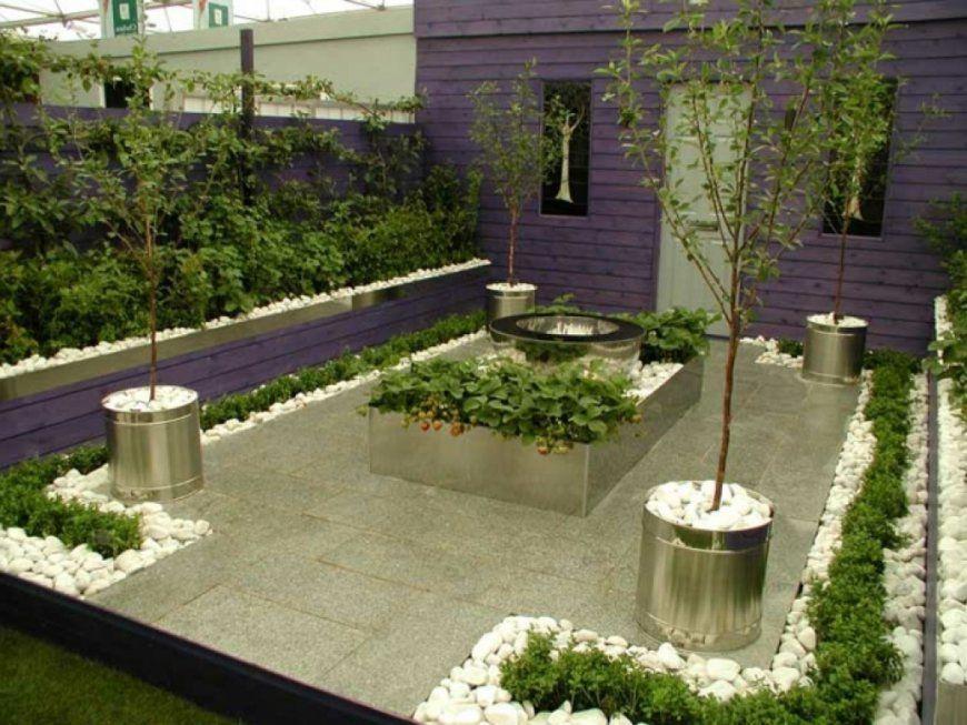 kleiner vorgarten reihenhaus gestalten mit verwunderlich kleine von kleine g rten modern. Black Bedroom Furniture Sets. Home Design Ideas