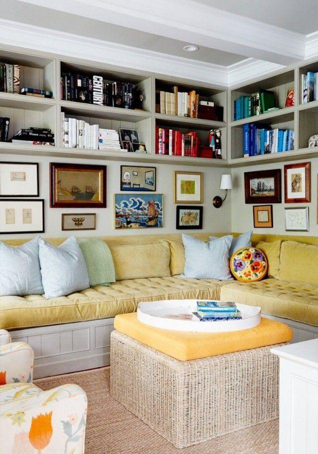 Kleines Wohnzimmer Mit Sitzecke Und Bücherregalen Darüber Sitzecke von Studentenzimmer Einrichten Schöner Wohnen Bild