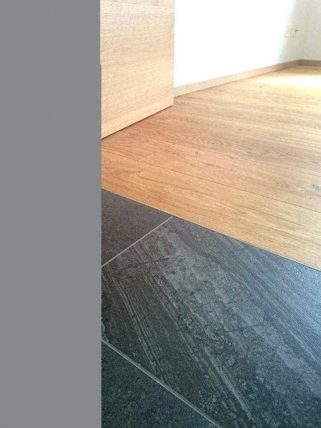 fliesen schwimmend verlegen small open kitchen with wooden kitchen island and fitted cabinets. Black Bedroom Furniture Sets. Home Design Ideas