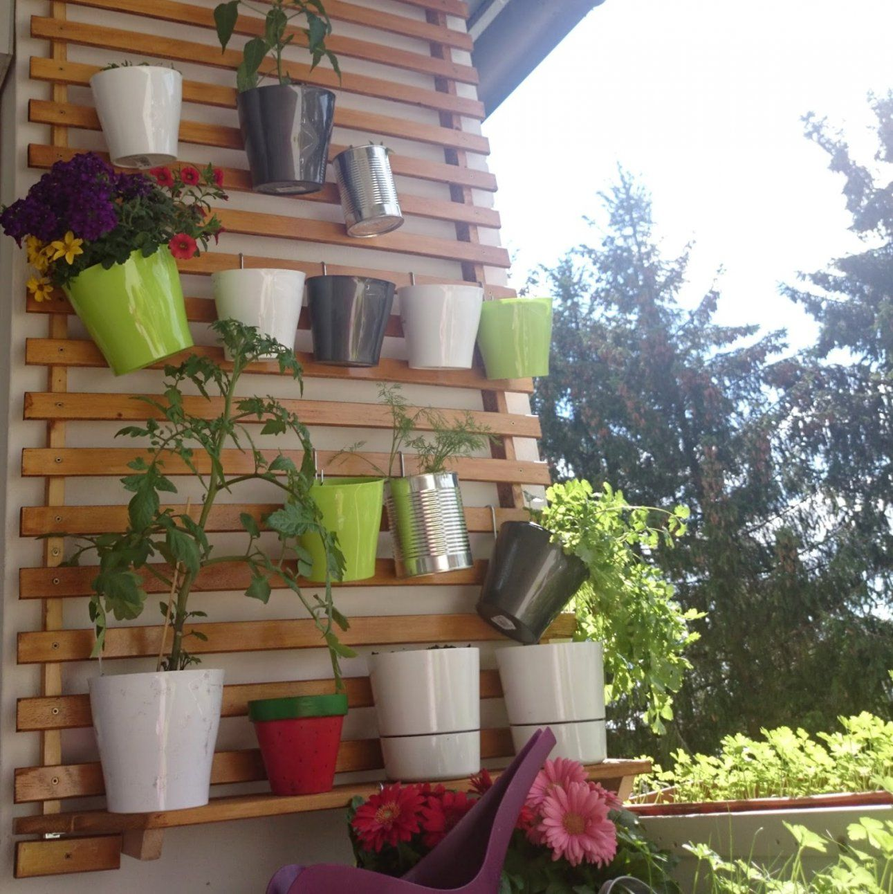 langer schmaler balkon gestalten haus design ideen