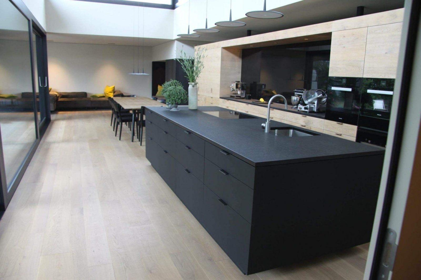 Küche Dunkler Boden von Weisse Küche Dunkler Boden Photo