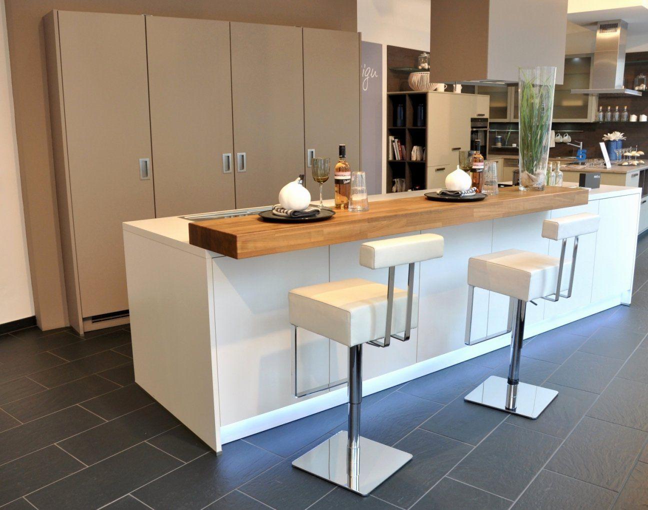 Küche Mit Kochinsel Und Sitzgelegenheit Inspirierend Ungewöhnlich von Küche Mit Kochinsel Und Sitzgelegenheit Bild