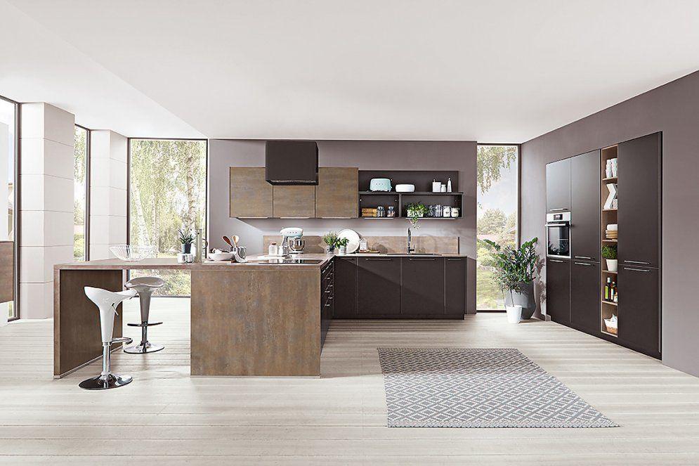 Küche Mit Kochinsel Und Sitzgelegenheit von Küche Mit Kochinsel Und Sitzgelegenheit Bild