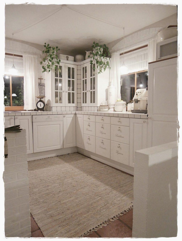 Küche Neu Gestalten Renovieren Brillant Alte Küche Neu Streichen von Küche Neu Streichen Und Gestalten Bild