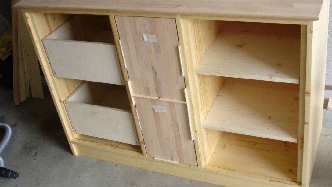 Küchen Schrank Aus Holz Selber Bauen  Youtube von Schrank Für Einbauherd Selber Bauen Bild