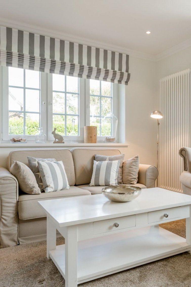 Landhaus Hooge In Westerland Sylt  Wohnzimmer Zum Abschalten von Schwedischer Landhausstil Einrichten Dekorieren Akzente Setzen Photo