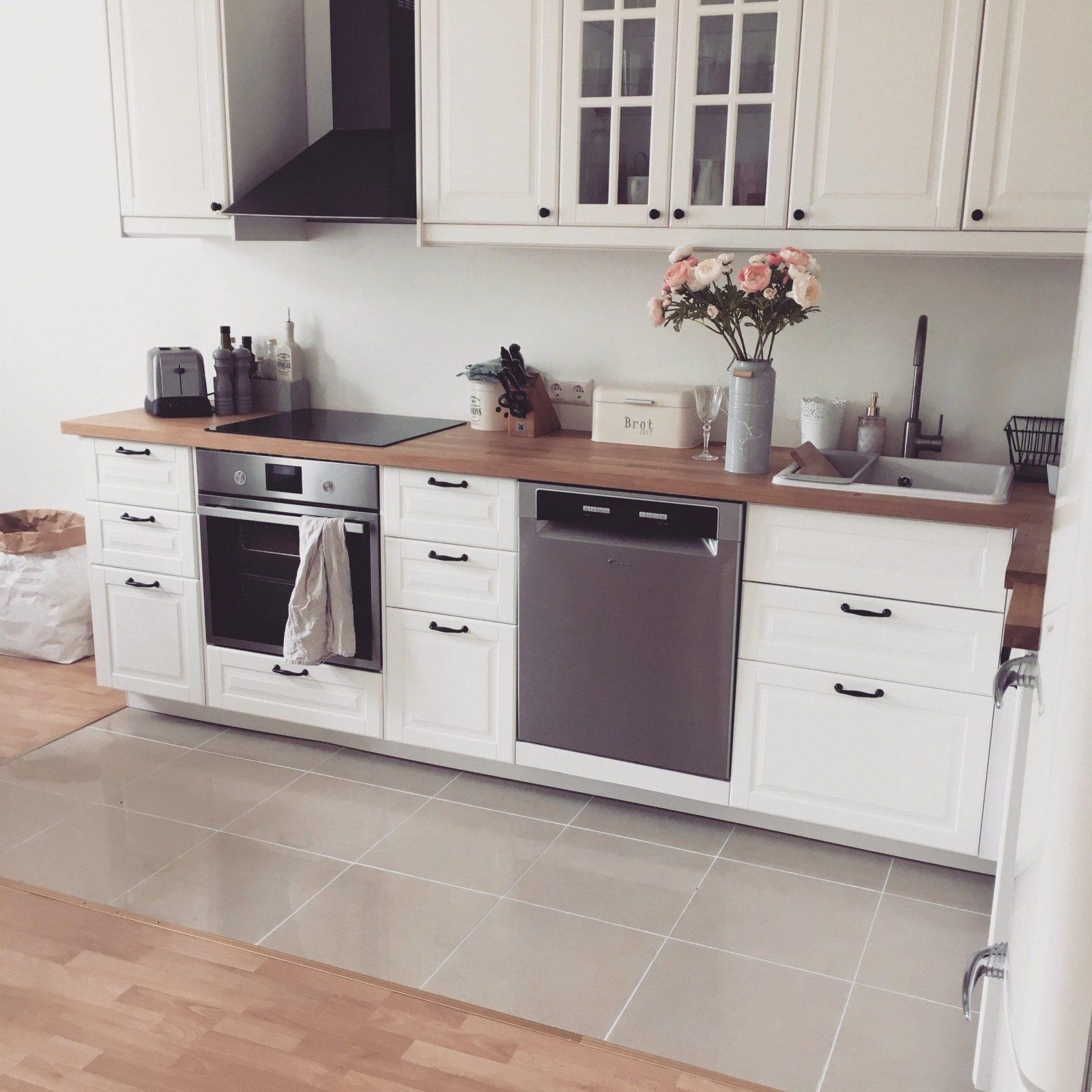 Landhausstil Küche Weiß Atemberaubend Kuchen Ikea  Küchen Inspiration von Küche Landhausstil Weiß Ikea Bild