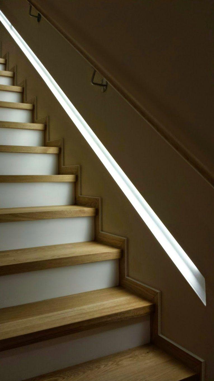 Led Streifen Treppe  Die Schönsten Einrichtungsideen von Treppe An Der Wand Bild