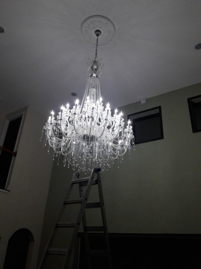 Lighting Large Crystal Chandeliers For Hotels Modern Chandelier von Modern Chandelier For High Ceiling Bild