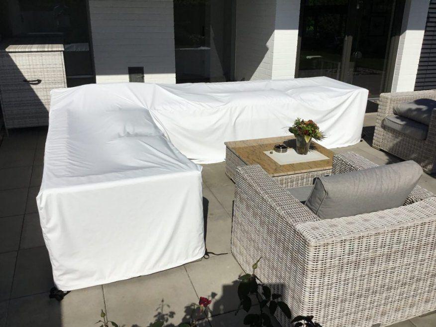 Loungeabdeckung Nach Maß Mit Polstern Abgedeckt von Gartentisch Abdeckung Nach Maß Bild