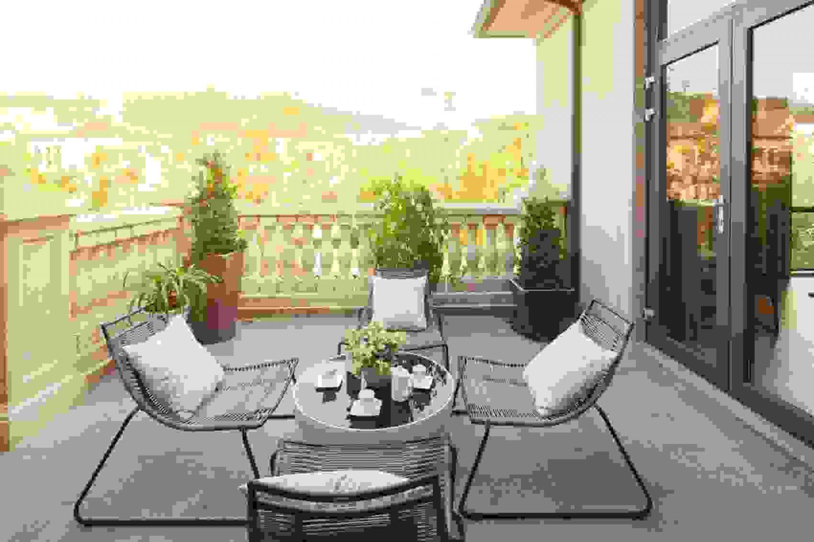 Loungembel Fr Kleinen Balkon Best Kleine Balkone Gestalten Den Von von Ideen Für Schmalen Balkon Photo