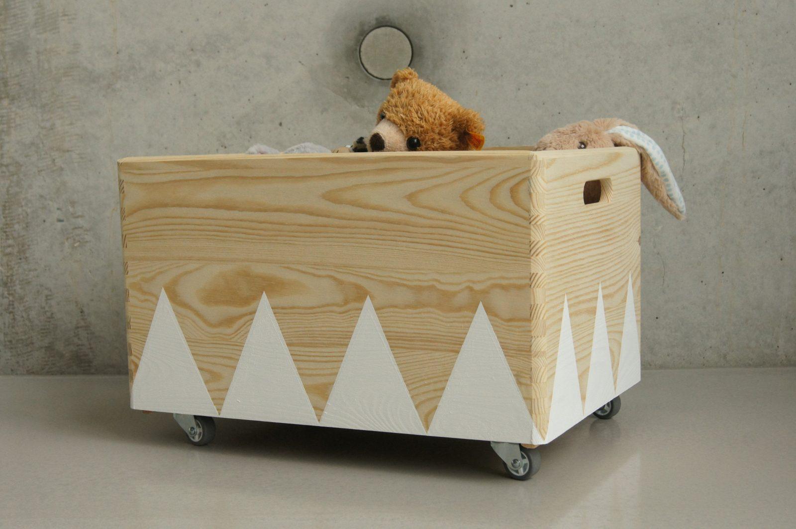 Luxus Kiste Mit Rollen Kisten Boxen Holz Spielzeugkiste Rollen von Spielzeugkiste Holz Mit Deckel Photo