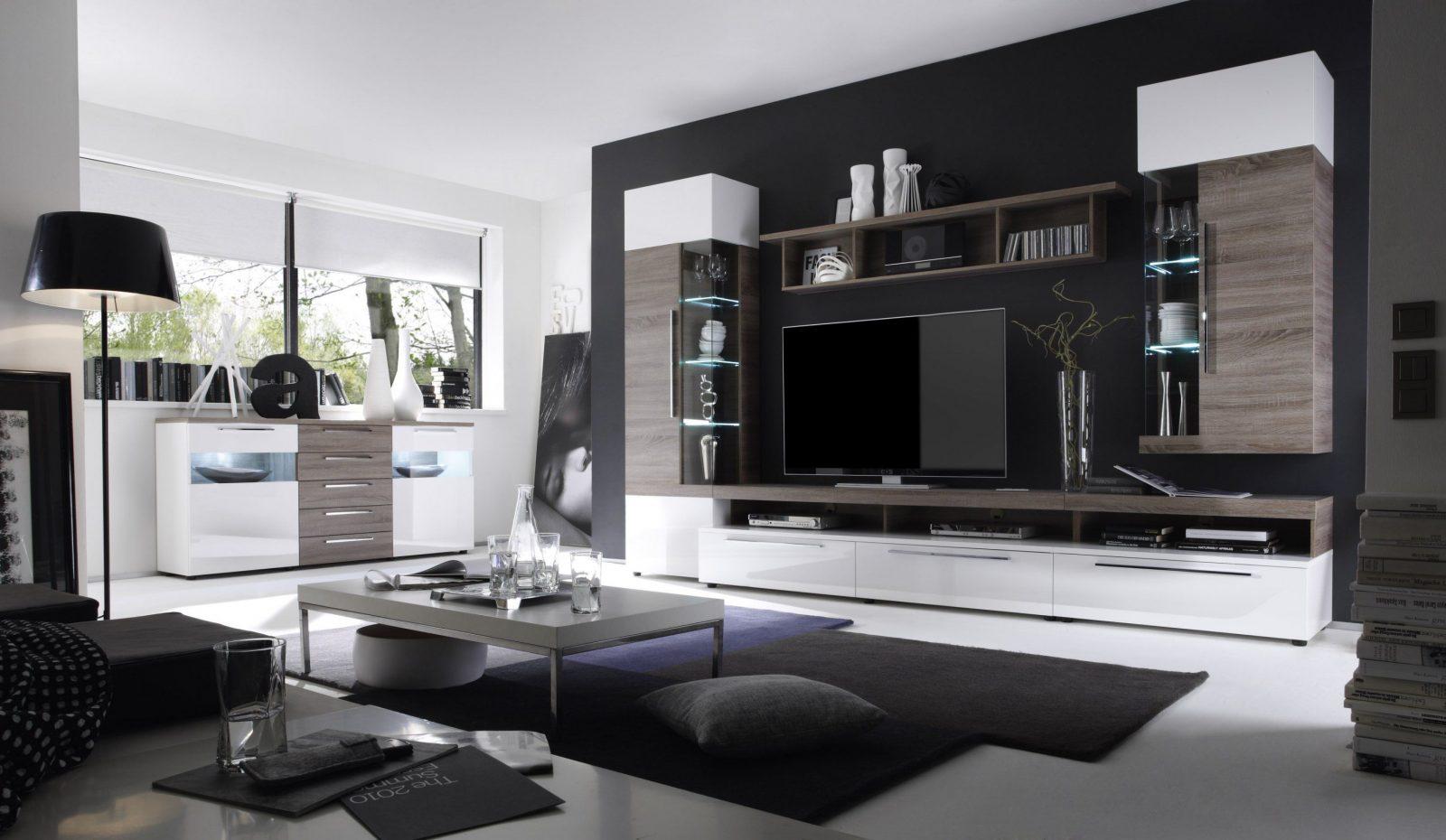 Marvelous Wohnzimmer Streichen Grau  Home Design Ideas von Wohnzimmer Grau Weiß Streichen Bild
