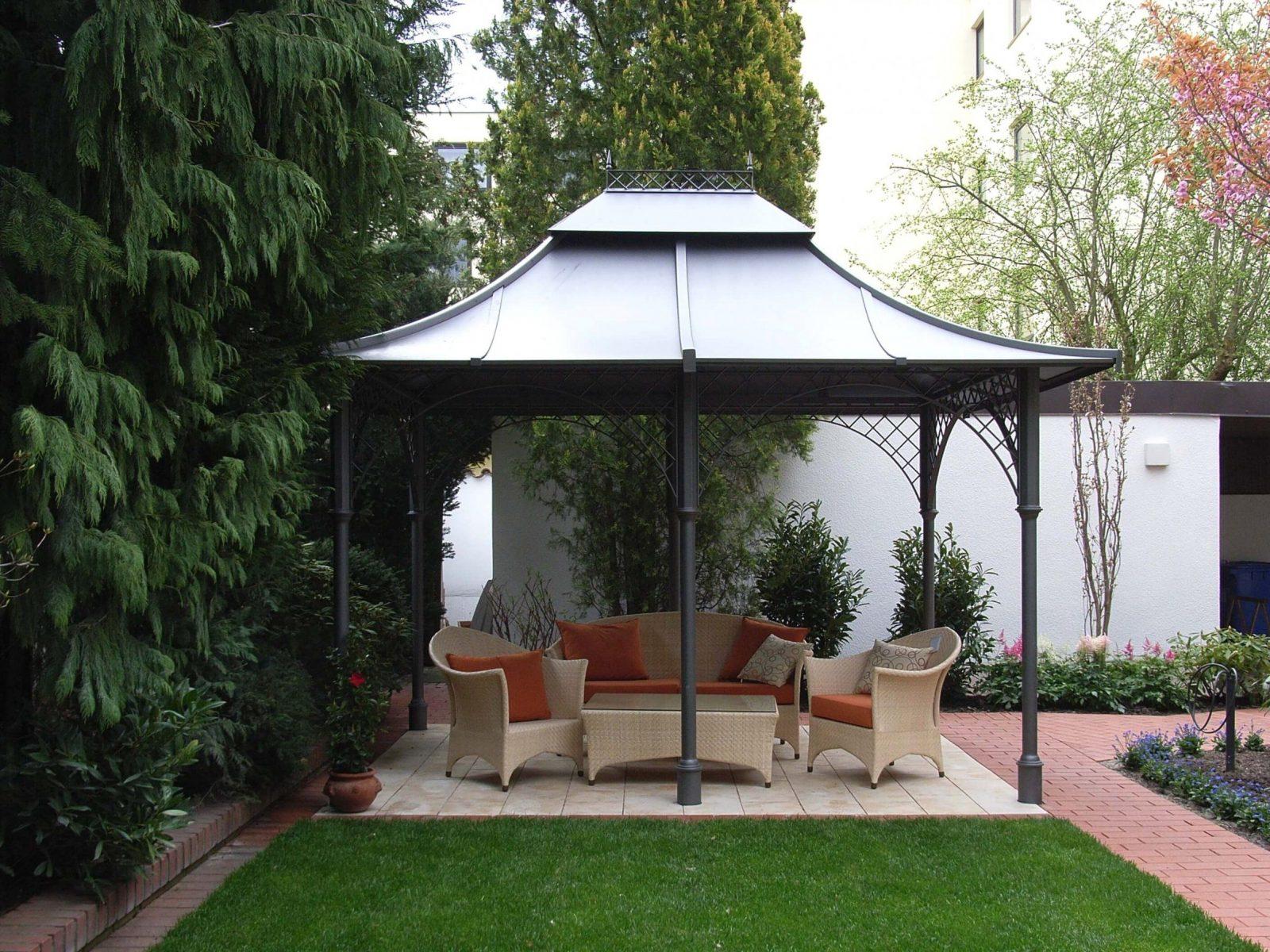 Metall Pavillon Mit Festem Dach von Metall Pavillon Mit Festem Dach Bild