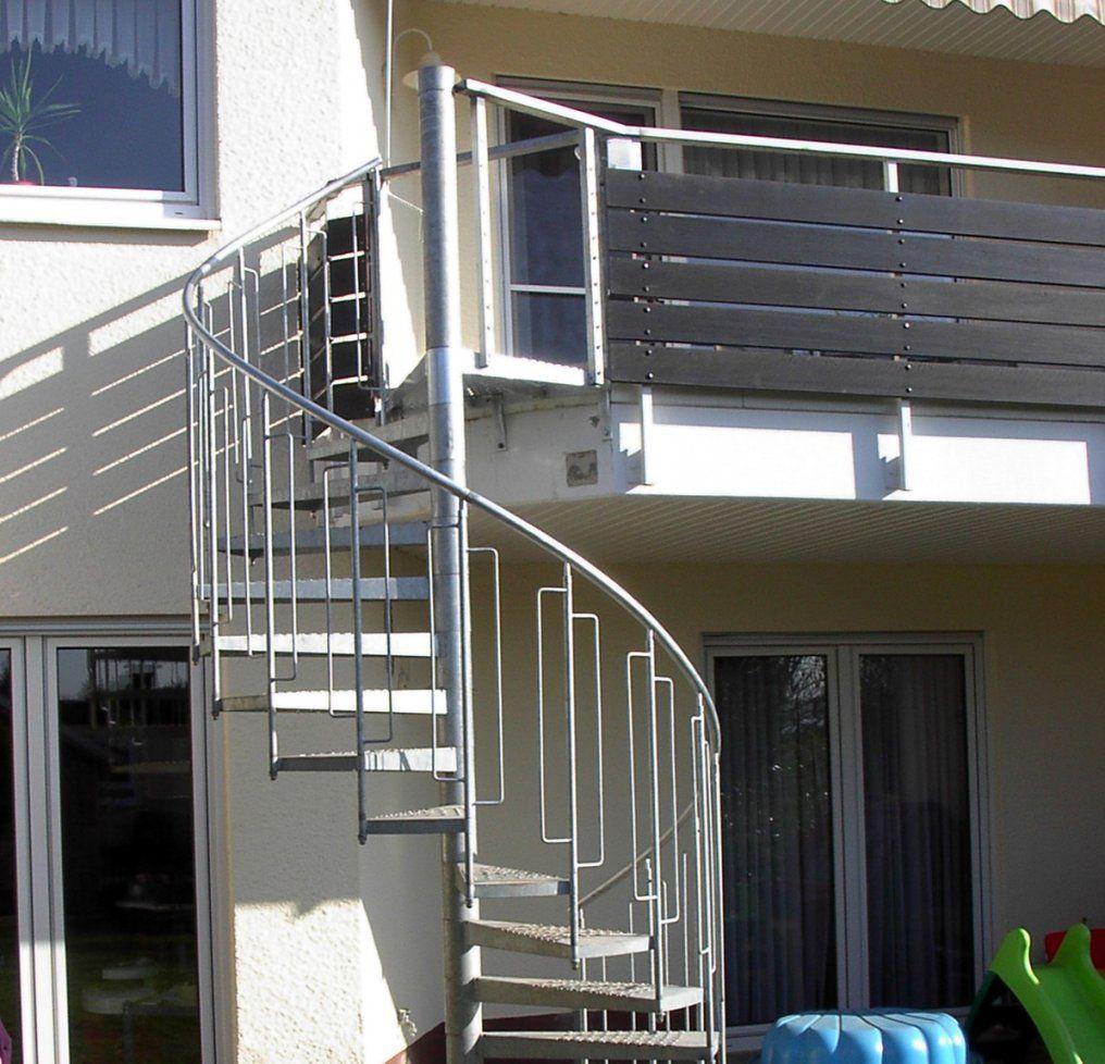 Metallbau Roos  Treppen von Treppe Vom Balkon In Den Garten Bild