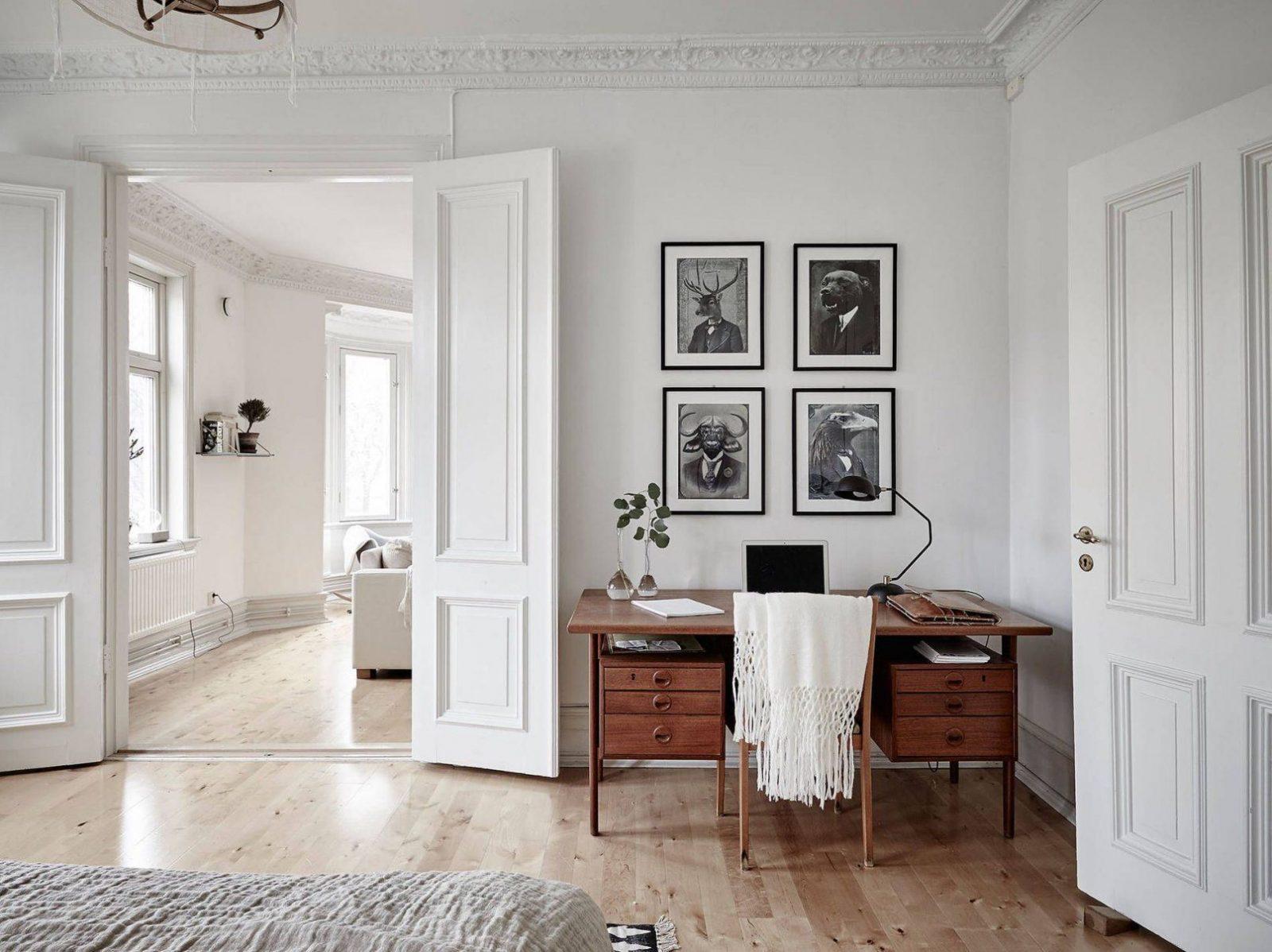 Midcentury Modern Interior In An Old Building  Altbauten von Schwedischer Landhausstil Einrichten Dekorieren Akzente Setzen Photo