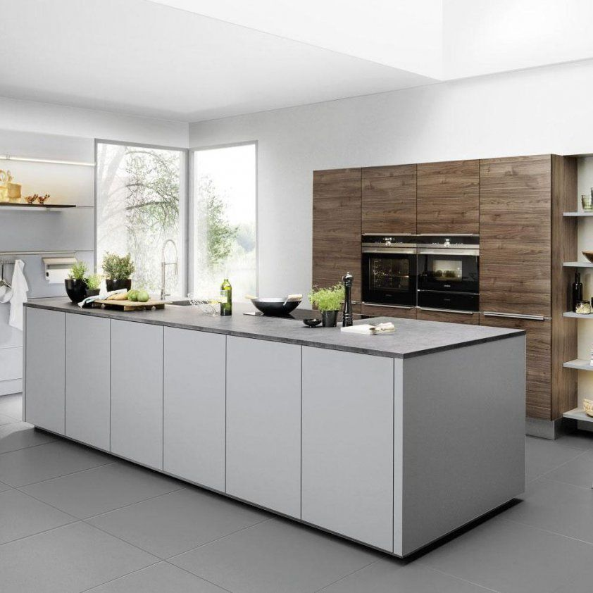 Moderne Küche Nussbaum Laminat Kochinsel Artwood Royalfeel ...