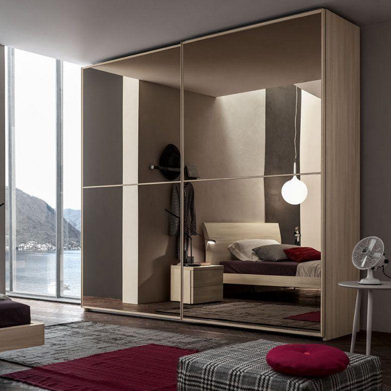 Moderner Kleiderschrank  Holz  Schiebetüren  Spiegel  Duecù von Spiegel Kleiderschrank Mit Schiebetüren Bild