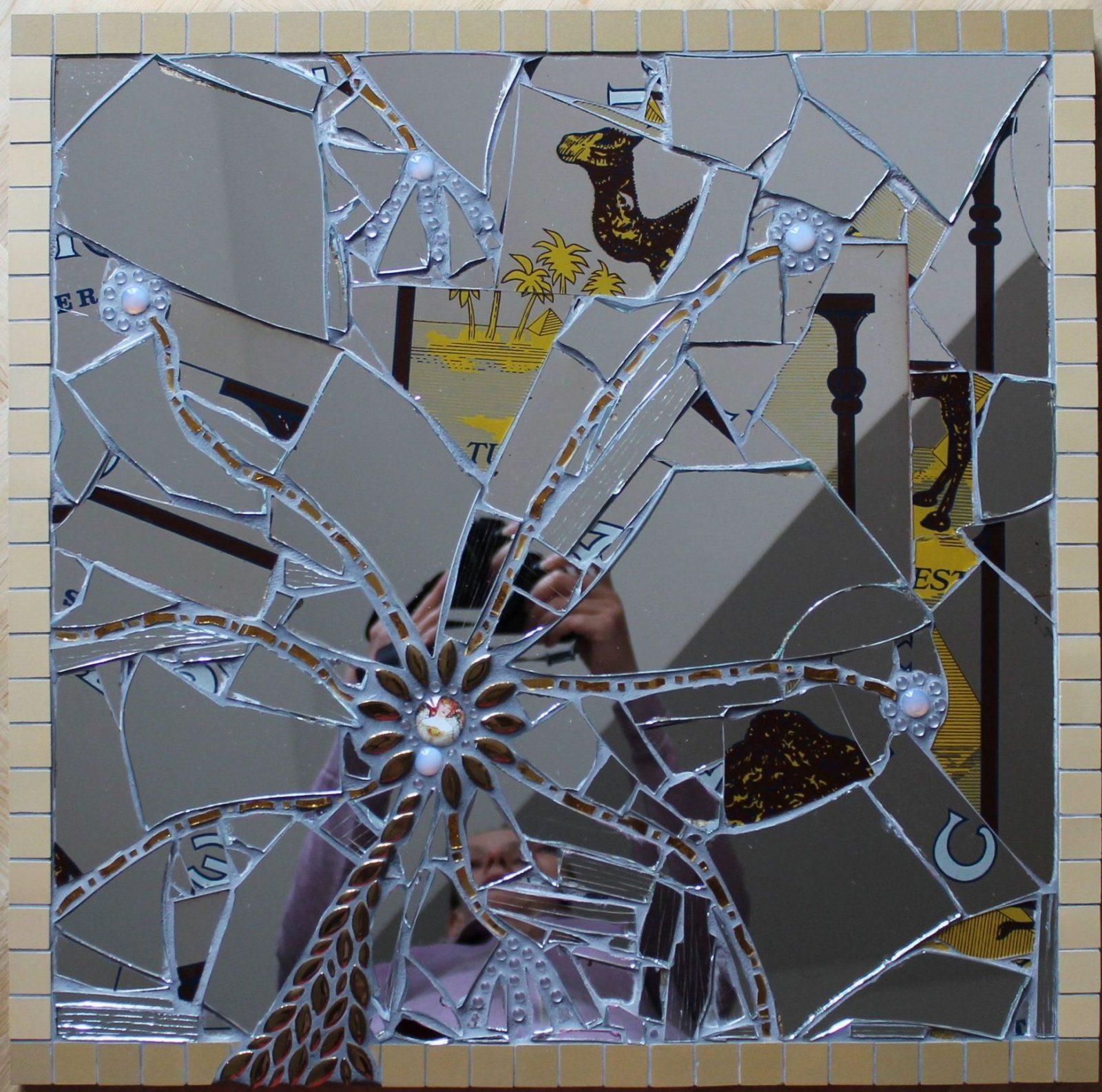 """mosaik spiegel """"selbst wenn alles zerbricht scherben spiegeln das"""
