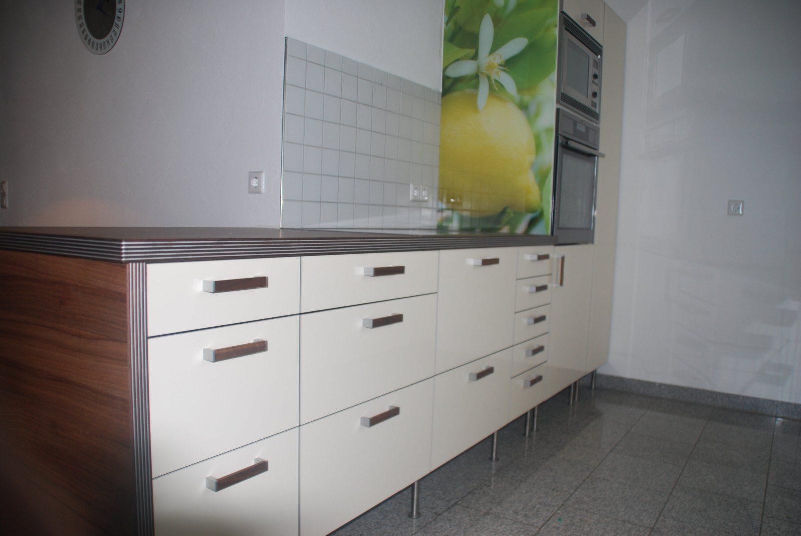 Neue Küchenfronten In Hochglanz Auf Ikea Küche  Küchenfront 24 von Ikea Küche Ohne Griffe Photo
