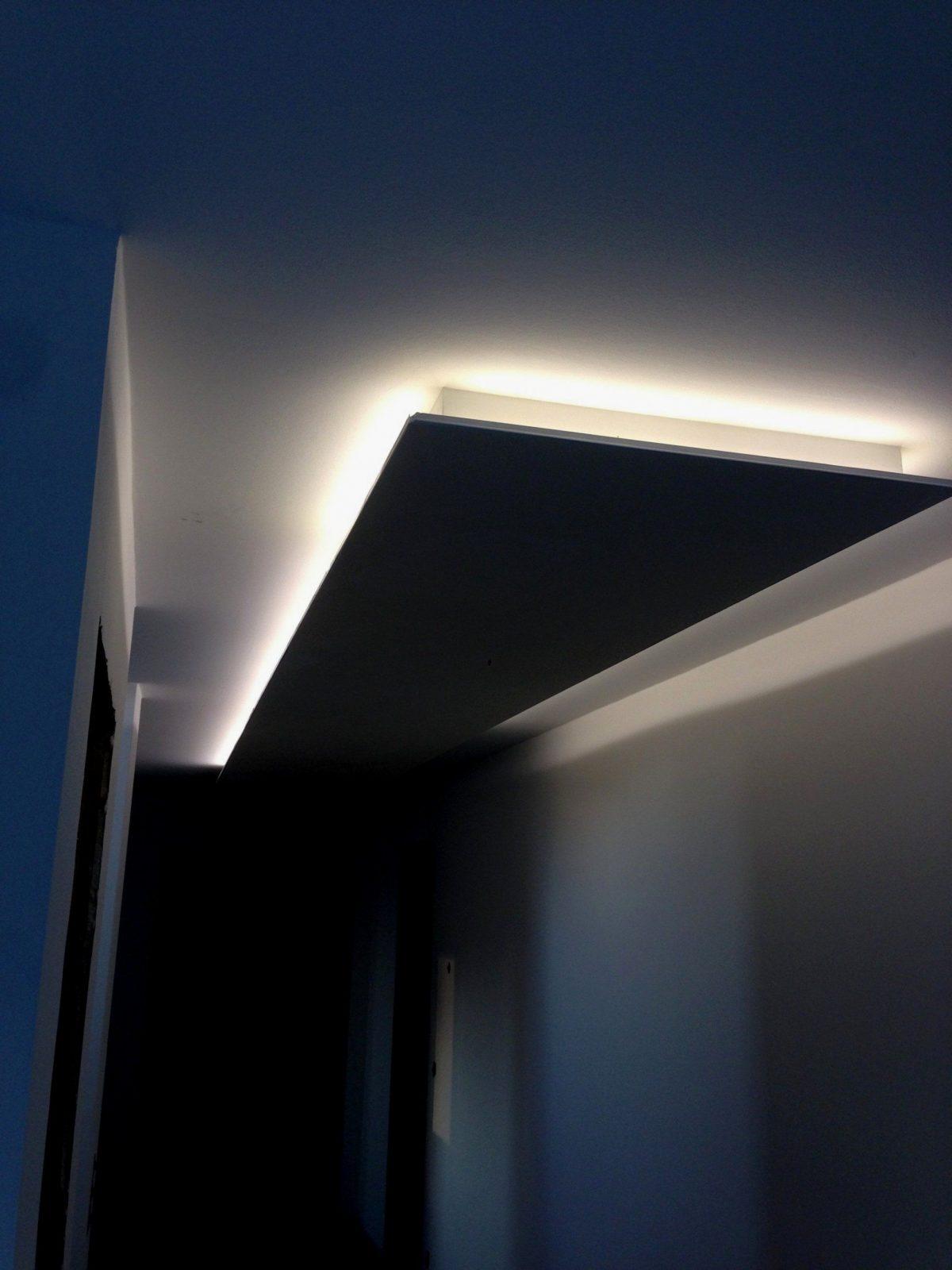 Oben Indirekte Beleuchtung Wohnzimmer Decke – Eyesopen Für von Indirekte Beleuchtung Abgehängte Decke Bild