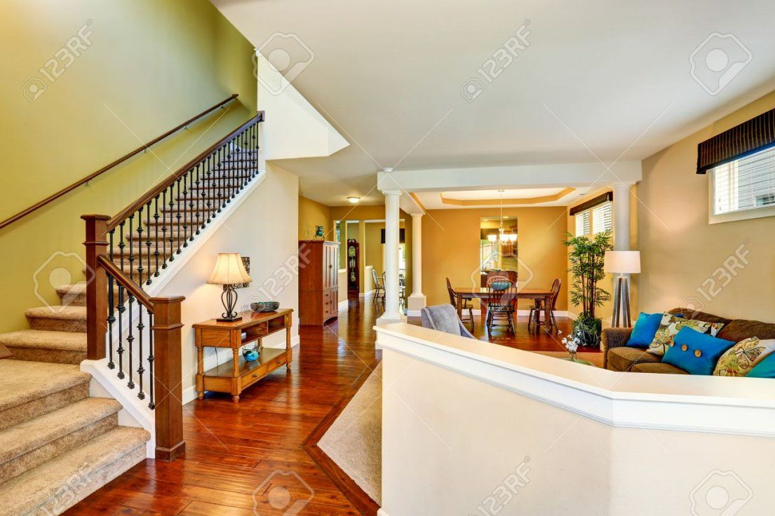 offene treppe im wohnzimmer imagenesdesalud imagenesdesalud von haus mit offener galerie bild. Black Bedroom Furniture Sets. Home Design Ideas