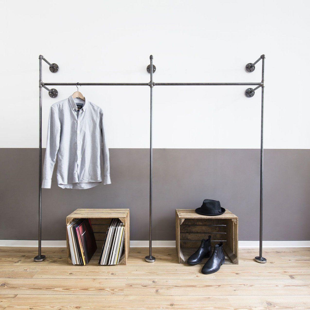 Offener Kleiderschrank · Offene Garderobe  Duo High  Kleiderstange von Kleiderständer Aus Rohren Selber Bauen Bild