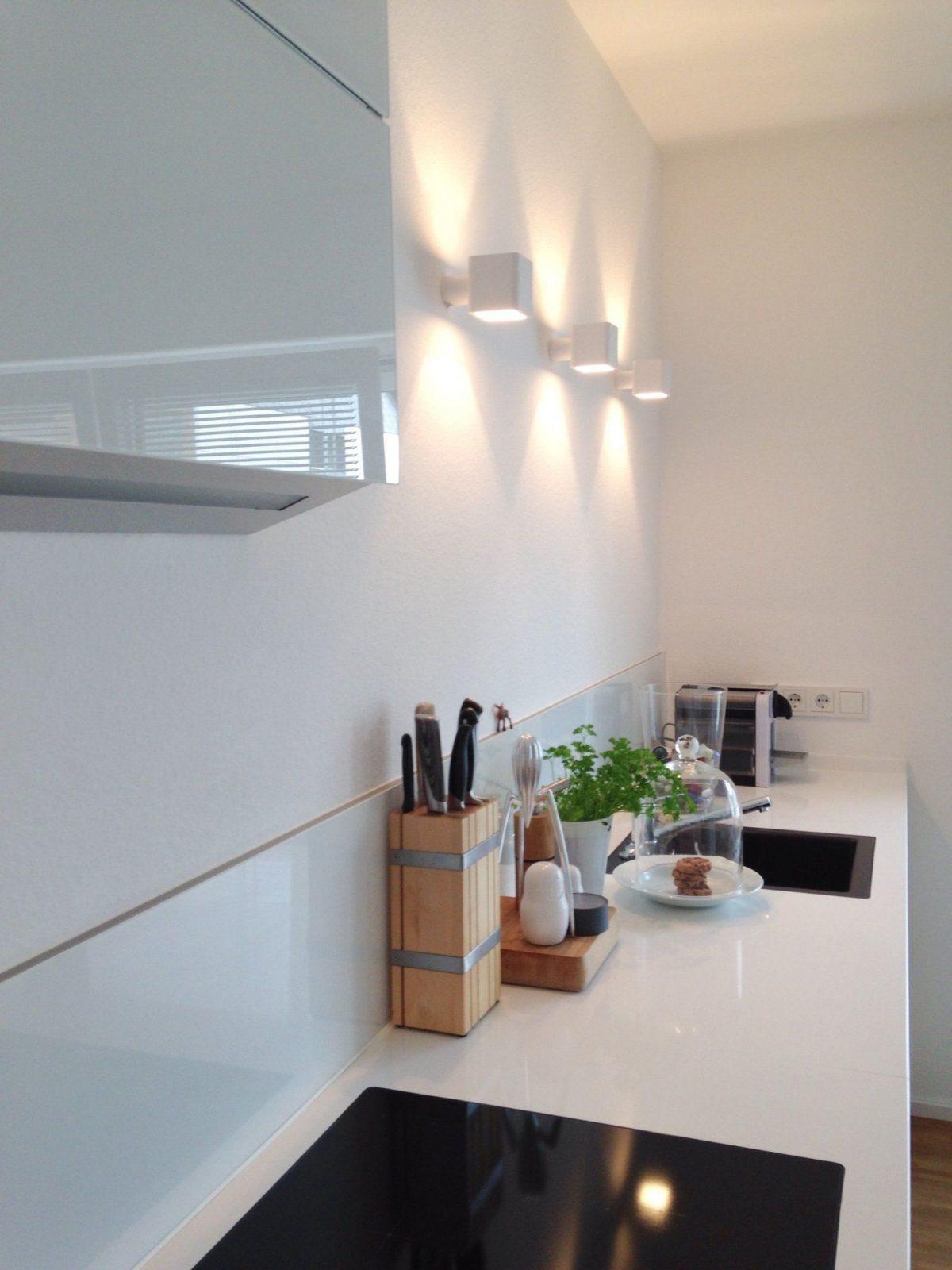Ohne Oberschränke Glücklich  Oberschränke Glücklich Und Wände von Beleuchtung Küche Ohne Oberschränke Photo