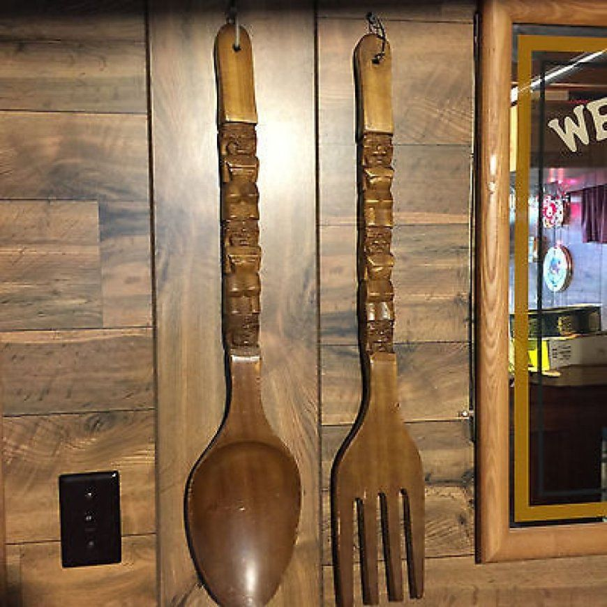 Old Fashioned Giant Fork And Spoon Wall Decor Festooning  Wall von Large Fork And Spoon Bild