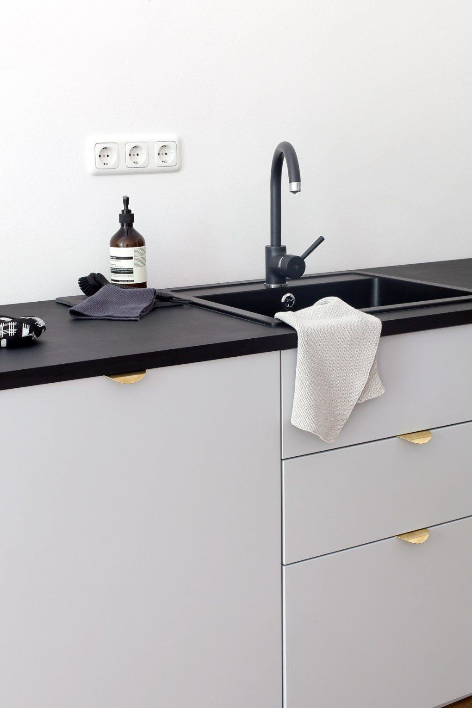 Our Kitchen  Ikea Grau Und Schwarzer von Ikea Küche Veddinge Grau Bild